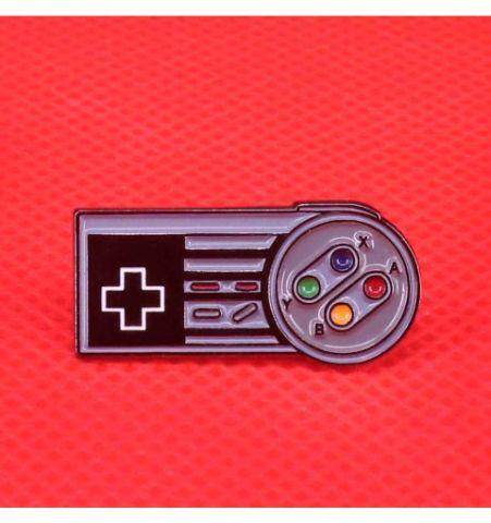 Pin Consola De Juegos