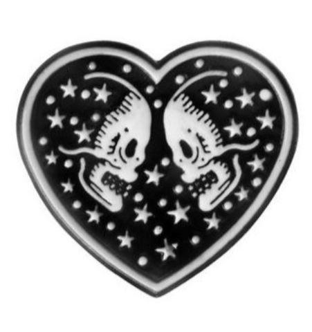 Pin Esqueletos en Corazón