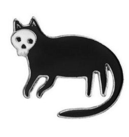 Pin Gato Calavera cola larga