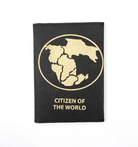 Porta pasaporte COTW Negro/Dorado